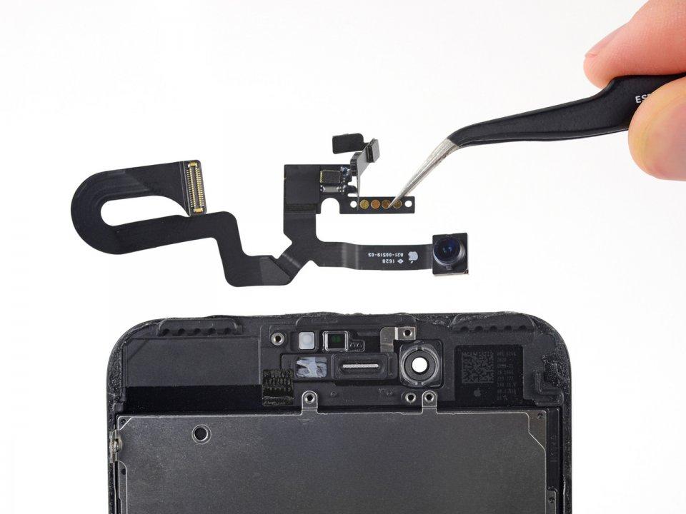 Замена передней камеры iPhone 8 Plus