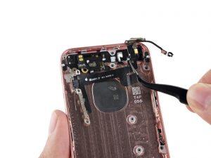 Ремонт кнопки включения iPhone SE