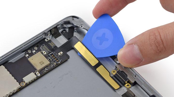 Замена разъема зарядки iPad Mini
