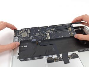 ремонт макбук эйр